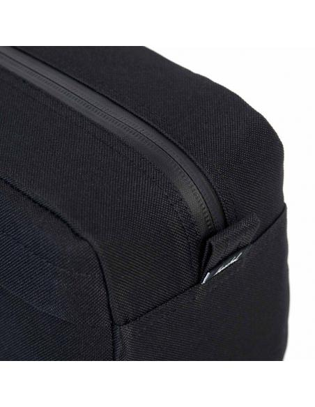 Herschel Chapter Travel Kit Carry On Raven Crosshatch 5L