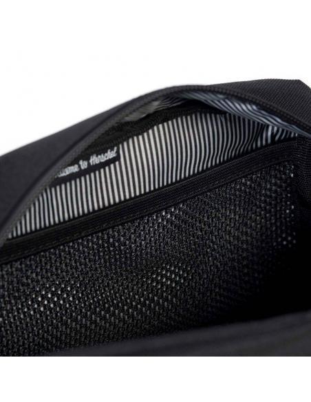 Herschel Chapter Travel Kit Carry On Raven Crosshatch 5L