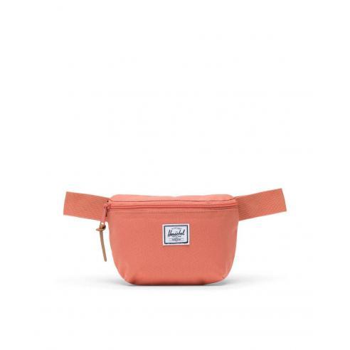 Herschel Fourteen Apricot Brandy Hip pack